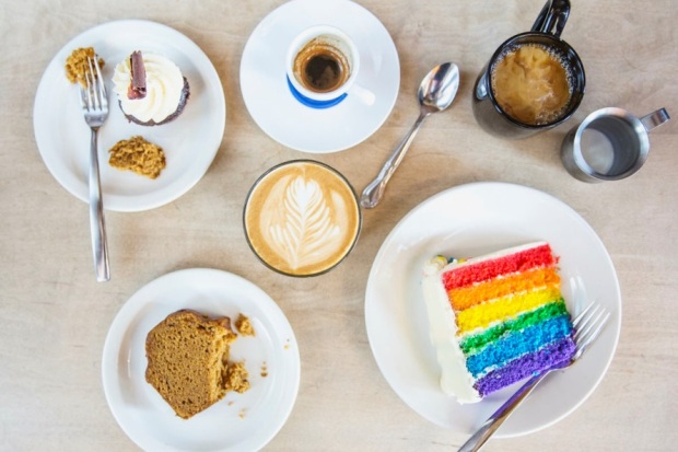 coffee-and-rainbow-cake